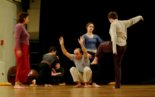 Contact improvisation jam